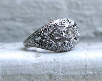 Lovely Vintage Platinum Diamond Filigree Ring Engagement Ring.