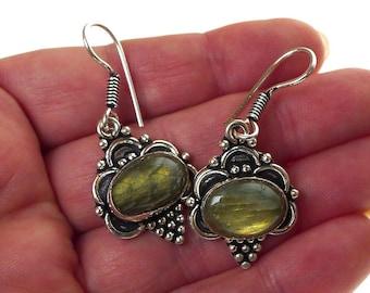 Labradorite Earrings, Silver and Labradorite Earrings, Stone Gypsy  Earrings, Labradorite Jewelry - SE-GSP362X