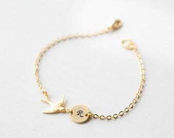 Peronalized Initial Disc Bird Bracelet in Gold, Swallow Bracelet, Custom Name Bracelet, Engraved Monogram Bracelet, Valentines day gift