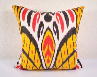 Sale! Ikat Pillow, Ikat Pillow Cover - A506-1AA3, Ikat throw pillows, Designer pillows, Decorative pillows, Accent pillows