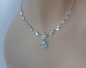 Crystal Bridal Jewelry Set Crystal Jewelry Set Bridal Necklace and Earrings Set Bridal Matching Set Wedding Jewelry Set