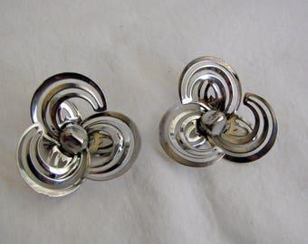 Vintage 1960s Earrings ~ Silver Tone ~ Large Swirl Petal ~ Mod ~ Clip-ons