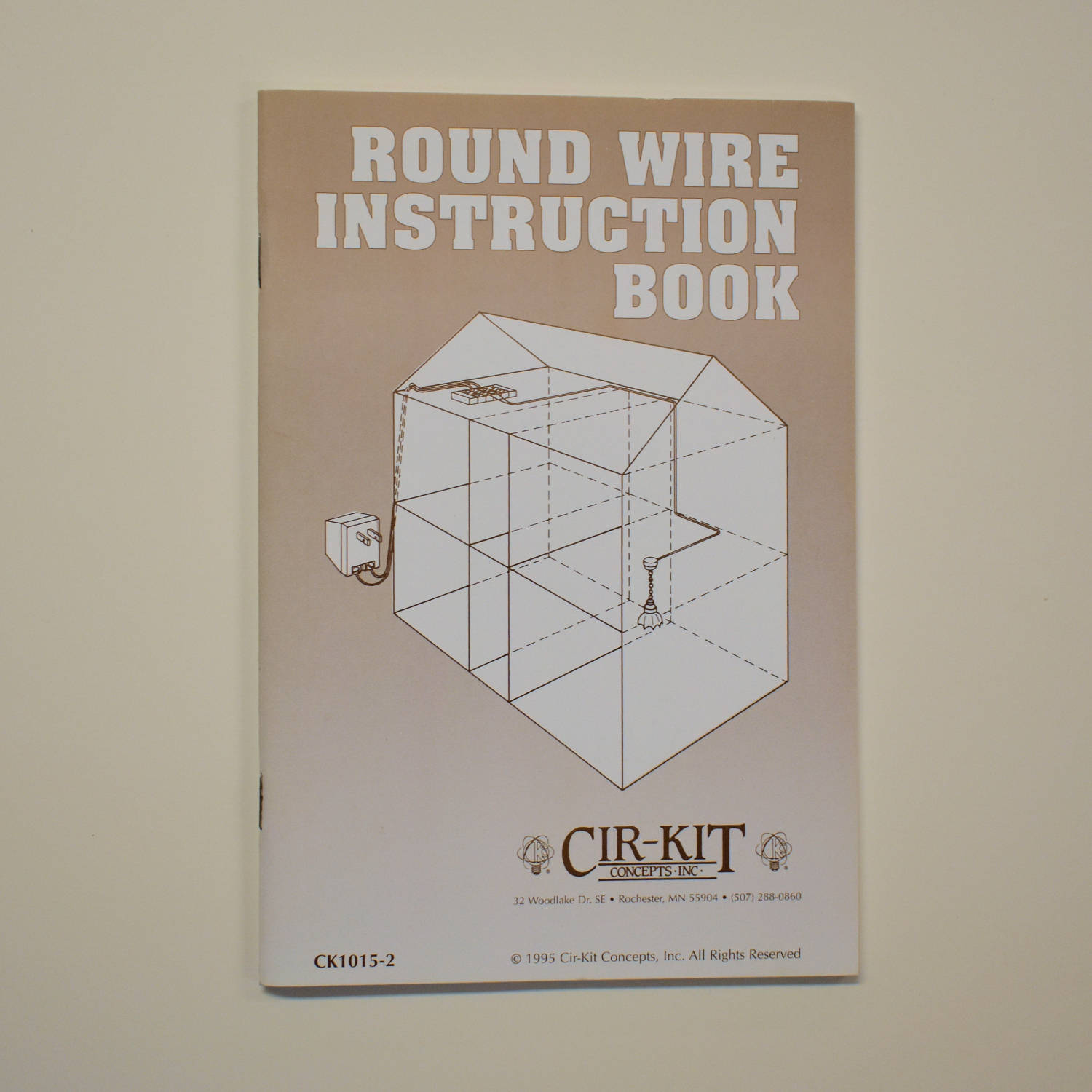 round wire instruction book cirkit concepts for installation of rh etsystudio com Dollhouse Wiring Tutorial Dollhouse Electrical Wiring