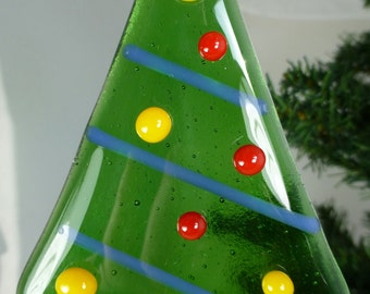 Fused Glass Christmas Tree in Green with Red and Yellow glass bauble decorations