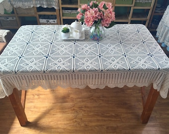 New crochet design ~ Country Living chic pattern hand crocheted tablecloth, rectangular table cover, oblong table topper for home decor
