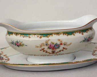 Vintage NORITAKE MORIMURA PORCELAIN Gravy Boat with attached underplate Circa 1933