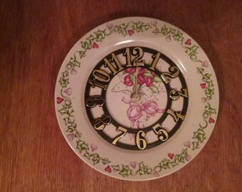 Pink Rose and Heart Clock Plate !
