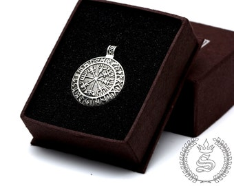 Vegvisir Icelandic Viking  pendant,Viking jewelry Vegvisir Rune pendant,925 Sterling Silver Black Oxidation.