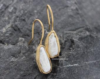 Biwa pearl earrings 22k matte gold plated hooks raw stone organic boho unique stick keshi white freshwater bezeled turkish jewelry KP142