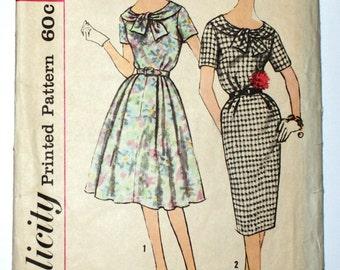 Vintage 1960 dress sewing pattern size 14