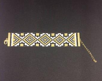 Bead loom gold and black bracelet