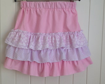 Size 2  Toddlers Summer Skirt with pretty frills.