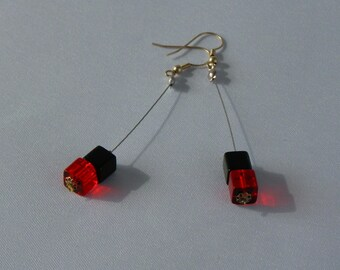 "Earrings ""CUBES"" long red and black"