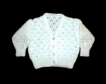 White Baby cardigan. Christening baby cardigan. 3 to 6 month cardigan. White Flower girl cardigan. Baby girl. White Hand knit baby cardigan.