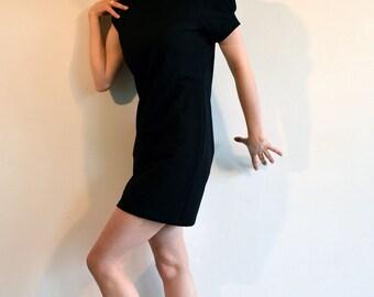 robe à capuche en tissu sweat noir à manches ballons