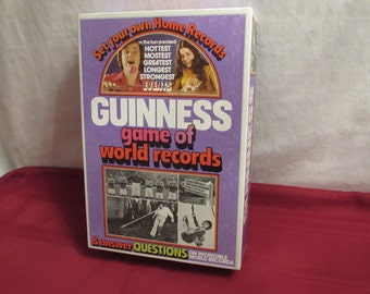 GUINNESS GAME of World Records 1975 Parker Brothers
