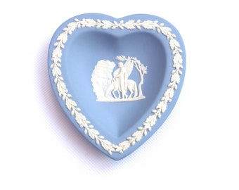Vintage Wedgwood Jasperware Heart Dish With Box, Wedgewood Pegasus Sweet Dish Heart, Pale Blue Jasperware Trinket Heart Dish,