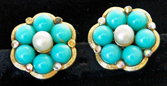 Vintage 1950s KRAMER EARRINGS w/ Faux Turquoise and Center Pearl