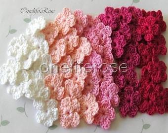 25 pcs Mini Crochet Flowers Pinky