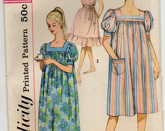 Muu Muu And Nightgown Loose Fitting Dress Gathered At Upper Edge To Yoke Square Neckline Size 10 12 Vintage Sewing Pattern Simplicity 3902