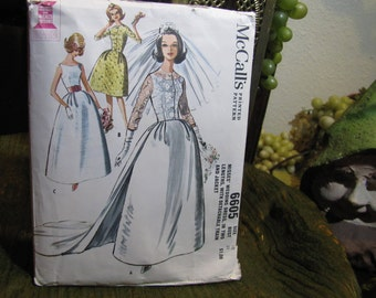 Vintage Wedding Dress Pattern McCall's #6605 Size 10 Bust 31 circa 1962 Misses in 2 Lengths w Detachable Train and Jacket