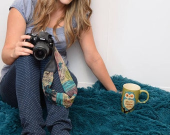 Handmade strap flower pattern  - Scarf strap camera  - Camera accessory -  Gift photographer - Gift for her - Woman accessories fashion