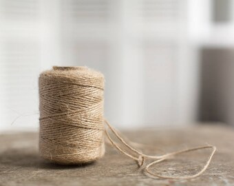 Jute twine - Natural color jute cord - Rustic packaging string - Gift wrapping yarn spool - Twisted kraft cord - Gift wrap