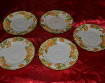 Vintage Metlox Poppytrail Sculptured Zinnia 5 Saucers and  1 Cup
