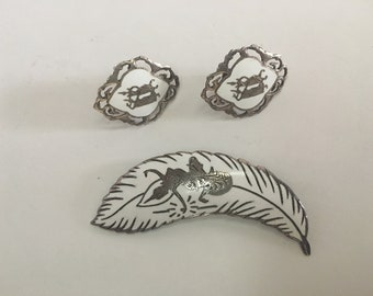 Vintage Siam sterling silver and white enamel jewelry set