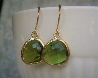 Dark Green Earrings, Gold Earrings, Bridal Jewelry, Bridesmaid Earrings, Sister, Mother, Wife, Best Friend, Girlfriend