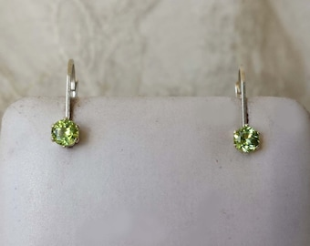 Sterling Silver 925 Peridot August Birthstone .50 tcw Lever Back Earrings