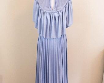 70s Angel Sleeve Dress - XS/SM - Cape Dress  - Vintage Dress - 70s Dress - Holiday Dress - Boho Dress - Christmas Dress - Vintage Prom Dress