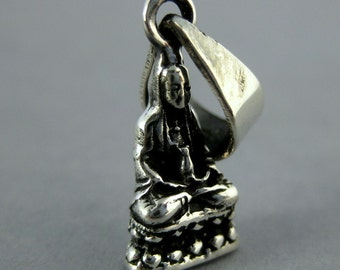 Argent sterling assis Bouddha Bouddha pendentif (S36-B3-04)