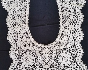 Large VINTAGE LACE YOKE - Ecru Cotton