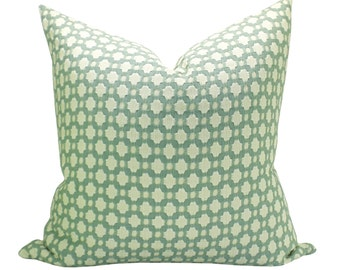 Betwixt pillow cover in Water/Ivory