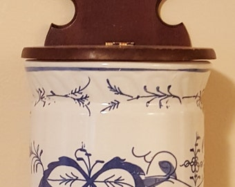 Vintage Wall Vase Blue and White 1950's