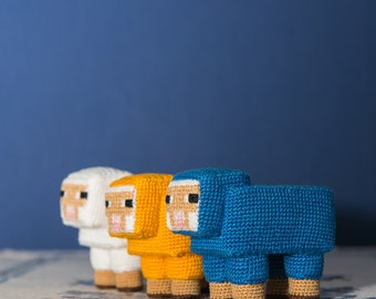 Crochet Pattern of the Cubic Sheep (Amigurumi tutorial PDF file)