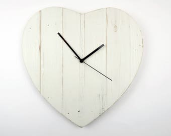 Heart Clock Pallet Clock Heart Shaped Wall Clock Shabby Chic Clock
