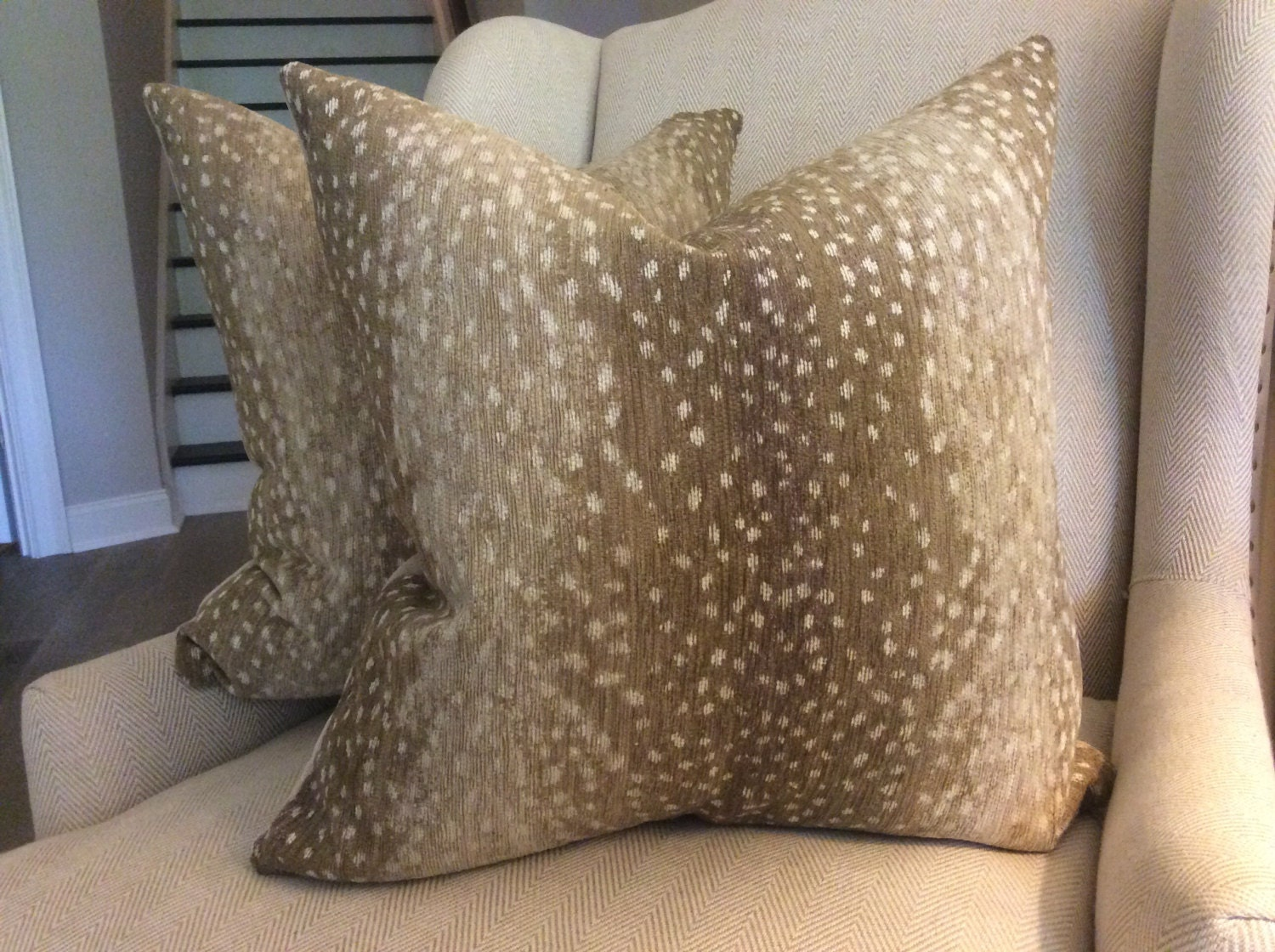 Antelope By Lee Industries Chenille Pillow Cover In Stone With ~ How To Coordinate Throw Pillows For Sofa And Chairs