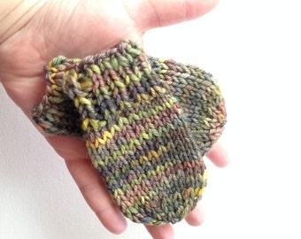 Hand Knit Wool Baby Mittens - Primavera