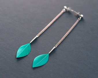 Long Chain Stylish Dangle Leaf Feather Earrings on Silver Ear Posts in Shiny Emerald Green