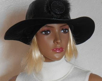 Women's hat, Black hat, Black women's hat, Leather hat, Hat from leather and corduroy, Winter hat, Warm hat, Stylish hat