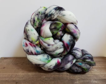 Superwash Targhee- USA- Organic- combed- wool top- roving- 4oz- Hand Painted-Hand Dyed- Season of the Witch