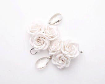 White rose earrings, rose jewelry, white earrings, rose flower jewelry, rose flower earrings, wedding bridal earrings, flower jewelry