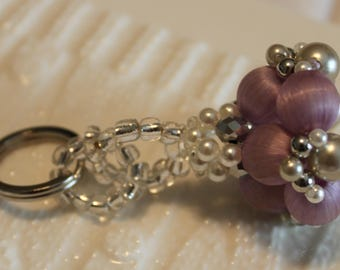 Cute pearl and silk thread-beaded handmade keychain; beadweaving, Accessories,Keychains & Lanyards, keychains, green, purple, white, clear