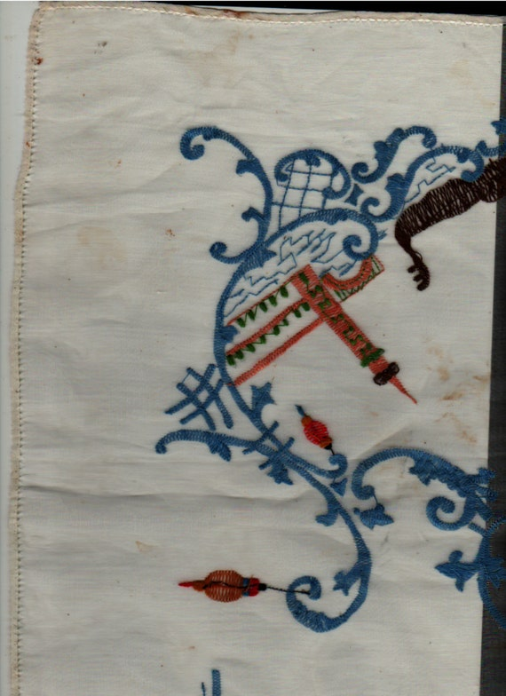 Embroidered Scarf or Table Covering with Asian Theme + lanterns, temples, boats + Vintage