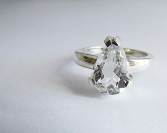 engagement ring wedding ring pear shape diamond look ring sterling silver