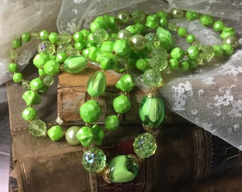 Long Lithe Green Lucite Bead Necklace Unsigned No Clasp 1960's 1970's Faceted Smooth Mottled Green Colour Various Sized Beads Boho Bohemian