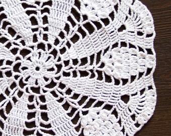 White Crochet Vintage Doily Lace doily centerpiece