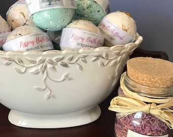 Luxurious Fizzing Bath Bombs & Bath Cakes